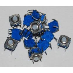 Touches bleues au détail sans connectique
