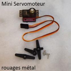 Mini Servomoteur métal et ses accessoires