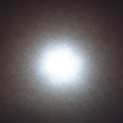 Lumière LED 12V 3 Watts blanc neutre derrièr un diffusant